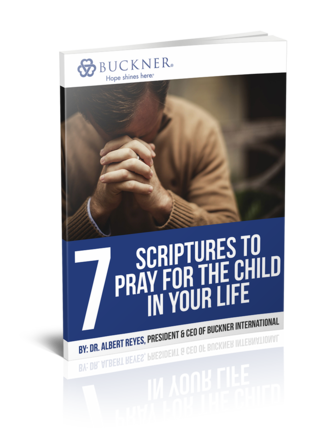 7 Scriptures to Pray for the Child in your Life